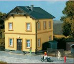 11349 Auhagen Residential building of railway officials, H0
