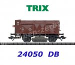 24050 TRIX Track Cleaning Car with Hinged Hatches, DB